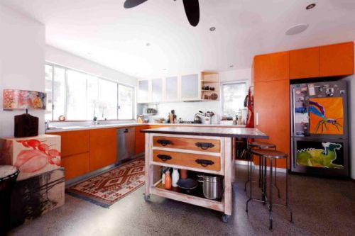 Green plywood kitchen